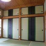 8畳間 押入れの襖を張替て、壁も塗り替え部屋の雰囲気が変わりました。