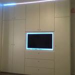 Schrankwand mit LED-Licht