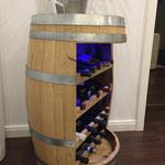 Weinfass als Weinregal