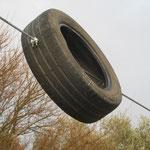 Ein Schäkel und ein Reifen reichen als Endanschlag mit guter Dämpfung