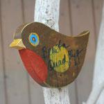 ein Vogel für die Familie Quadflieg in Gedenken an Benita