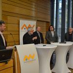 V. l: Jürgen Herda, Chefredakteur von Der neue Tag, Prof. Dr. Dr. em. Jörg Maier, UNI-Bayreuth, Dr. Wolfgang Weber, OTH-AW, Dr. Manuel Trummer, UNI Regensburg, Prof. Dr. Jaroslav Dokoupil, Uni Pilsen