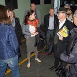Sarka Kuthanova von der Universität Pilsen führt die Besucher im DEPO 2015