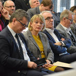 Neunburger Bürgermeister Martin Birner neben der Präsidentin Prof. Dr. Andrea Klug, OTH Weiden