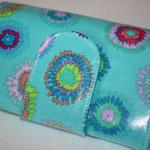 beschichtete Baumwolle - türkis mit bunten Kreisen