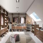 Begehbare Ankleide in Dachschräge