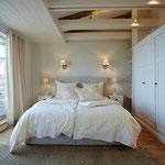 Strandhaus-Fehmarn I, Steuerbord, Ihr Schlafzimmer im OG mit Blick aufs Meer
