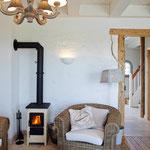 Strandhaus-Fehmarn I, Steuerbord, im Sommer und Winter schön