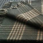 Checkered dark green