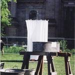 """""""Der Waschplatz"""" - Interaktive Installation und Performance, Ökumenischer Kirchentag 2003"""