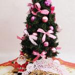 クリスマスツリーとシュトーレン