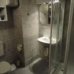 Dusche/WC Doppelzimmer Untergeschoss
