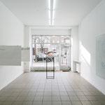 """v.l.n.r. : Helmut Werres · """"from Frankfurt to Stockholm"""", Heide Katschaturian · """"Spurensicherung"""", Andrea Blumör · """"Ohne Titel"""""""