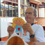 Padre Xavier in seiner Eisdiele
