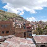 Sicht vom Dach auf Puno