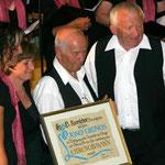 Josef Grüneis wird zum Ehrenobmann