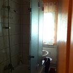 Badewannenaufsatz, Duschabtrennung, Glasdusche, Dusche aus Glas, ESG, GSK Worm GmbH