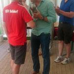 Platz 3 ging wie im Jahr zuvor an den RSV Roßdorf. Den Pokal übergab Bürgermeister Michael Richter- Plettenberg