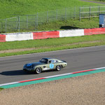 Ein 64er Aston-Martin DB 240.