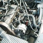 Der Motor klapperte und brauchte relativ viel Öl...was er auch teilweise verlor...
