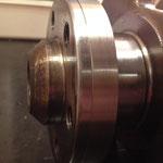 """Hier ist das """"Speedi-Sleeve"""" zu sehen, welches die Nut verdeckt und dem Kurbelwellensimmering somit eine einwandfreie Lauffläche bietet!"""