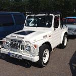 Wo sind sie geblieben? In meiner Kindheit hat man die kleinen Susuki-Jeeps doch recht oft gesehen!