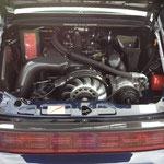 Im Motorraum ist auch mehr Carbon als Aluminium... ;))