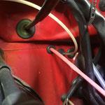 ...und da liegen die Signalkabel in einem roten Schrumpfschlauch...