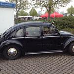 Wohl einer der Star´s auf jedem Treffen: das 4-türige Rometsch-Käfer-Taxi!
