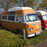 Interessanter T2a-Camper mit Hochdach!