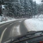 Winterliche Strassenverhältnisse rund um den Sorpesee Anfang 2010...