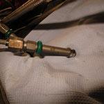 Montage des neuen Einspritzventils 2 Zylinder.