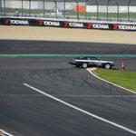 Die Ölfahne macht stutzig... und tatsächlich kam der Jaguar XJS  leider nicht ins Ziel! :(