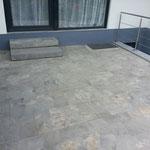 Erweiterung und Umbau von Terassenbelag mit Treppe