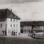 Entrée du Quartier Fürstenberg, autrefois quartier Turgis et avant Fürstenberg Kaserne.