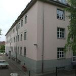 Collège, autrefois compagnie d' appui et encore avant 32° R.A.L.D......