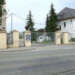 Entrée Foch, condamnée depuis l' élargissement de la route.