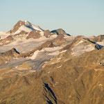 Morgendlicher Blick zur Wildspitze (3770 m) in den Ötztaler Alpen