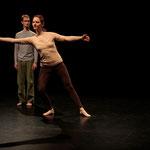 Eine Tanzperformance im Gallustheater in Frankfurt von Julia Folger und Bernhard Staudt
