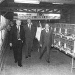 Rudolf Kirchschläger eröffnet die 30. Neostadia-Kleintierschau im Jahre 1978