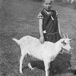 Mutter von Herbert im Alter von acht Jahren