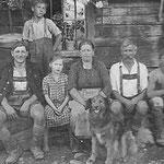 Großeltern, Mutter und Brüder der Mutter von Herbert