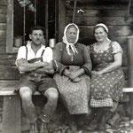 Großmutter, Mutter und Onkel