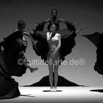 Tanzgruppe 4, digitale kunst auf der Aachener Kunstroute in derGalerie und auf der Ausstellung spektrum in der Aula carolina