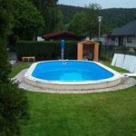 Oval-Pool 8,00 m x 4,00 m x 1,50 m aufgebaut am 09.05.2012 in Breuberg