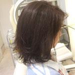 ウェイトの低いボブスタイルは毛先にカールパーマをかけると自然なボリュームが出ます
