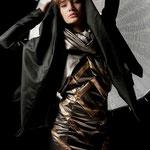 "Outfit ""Lucinda""; Model: Irene A., Photography: Samira Mohamadi, H&M: Olesja Kelberer, Designer: Jennifer Moica"