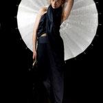 "Outfit ""Luz""; Model: Irene A., Photography: Samira Mohamadi, H&M: Olesja Kelberer, Designer: Jennifer Moica"