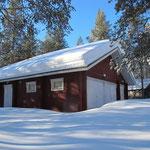 Garage/storage building in winter