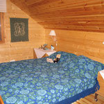 Yläkerran makuuhuone 1, kuva 1